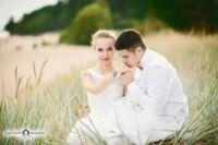 Фотограф с живыми свадебными фотографиями